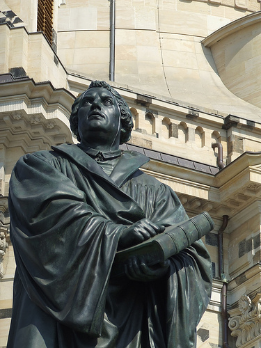 statue luther(?) 102810