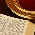 Bible_And_Collection_Plate_3141563
