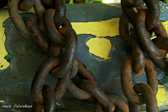 broken_chains_marc_falardeau_cc